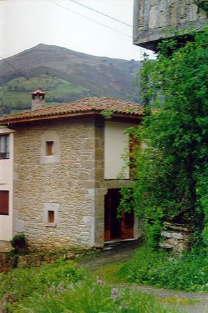 casina de aldea en belmonte