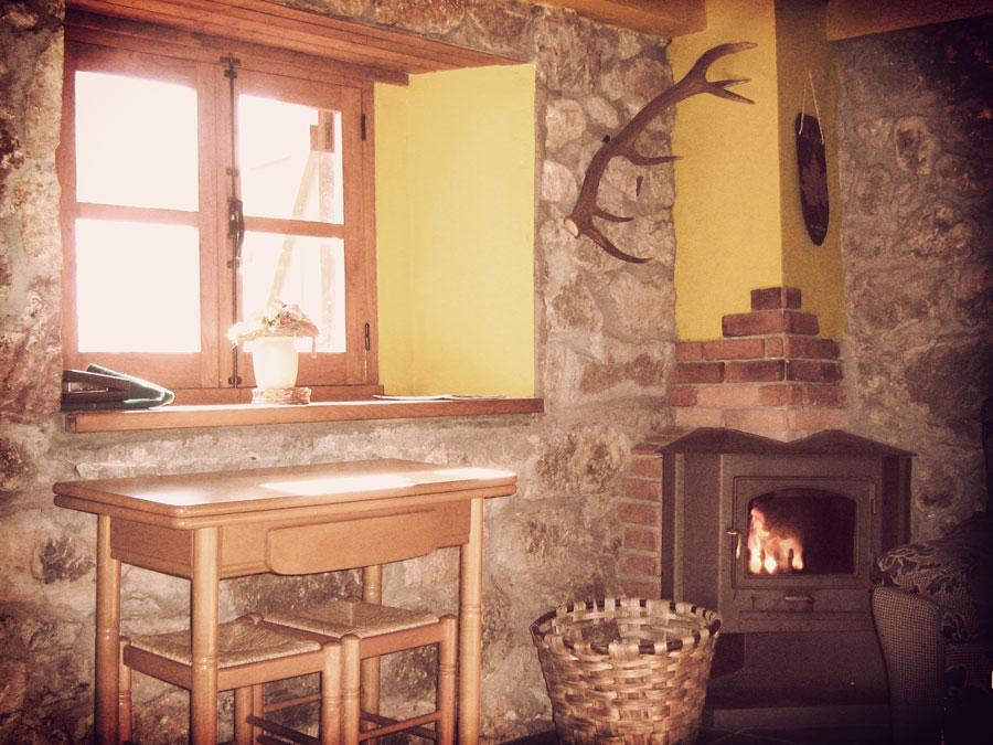 alojamiento rural con chimenea
