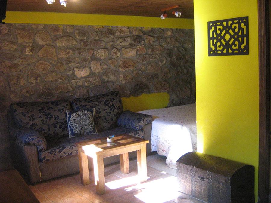 casa rural con sala de estar