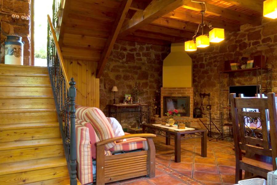sala de estar sala de jantar casa rural