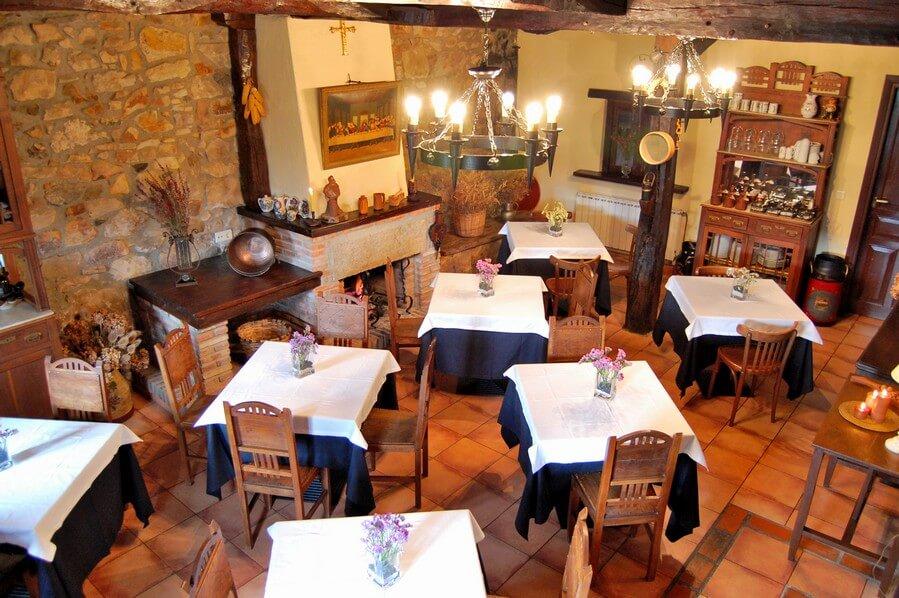 comedor casa rural asturias